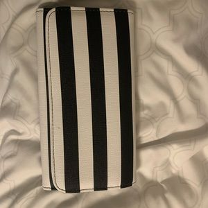 Kut From the Cloth Wallet - NEW